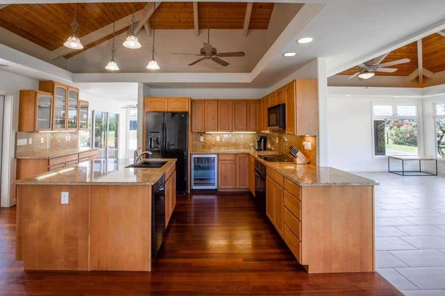 Kitchen with a greasy ceiling fan